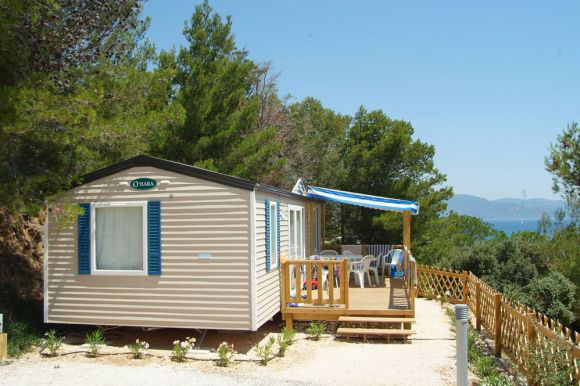 mobilhome-terrasse-accessoires-camping